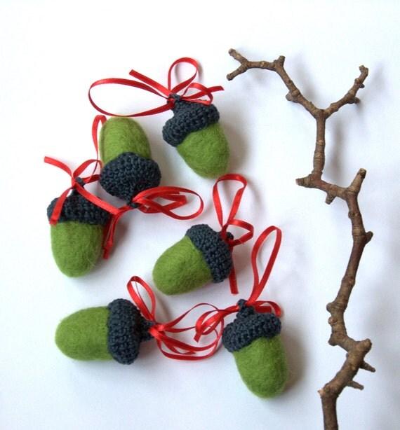 Acorn ornament Big acorns 6 green felted wool grey red handmade Waldorf nursery decor gift tree garland woodland Birthday party