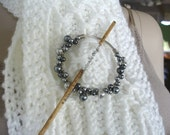 Beaded Wire Wrapped Shawl Pin, Gray and Dark Gray spswg1