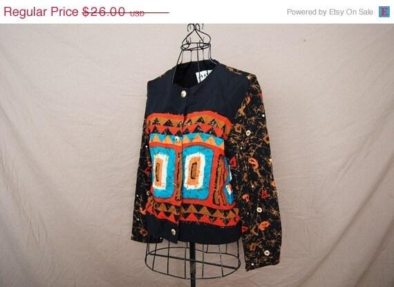 ON SALE Until 11/27/11 vintage 80s Blouse - Avant Garde Tribal Navajo Print Cropped Blouse Sz M