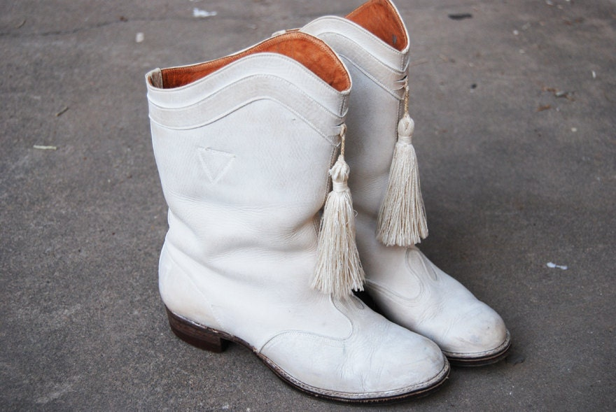 Clearance Sale Vintage Majorette Boots 70s White Leather