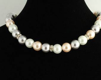Pearl Necklace. Listing  58986499