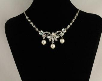 Rhinestone/Glass Pearl Bridal Necklace. Listing  70730245
