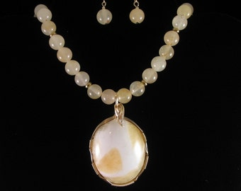 Wire Wrapped Honey Travertine Necklace. Listing  20855585