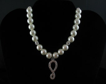 Rhinestone and Glass Pearl Necklace Set. Listing  26888797