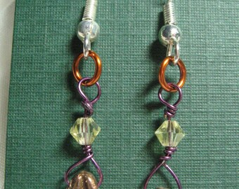 Copper Wire Glass Beads Earrings Plum and Peridot