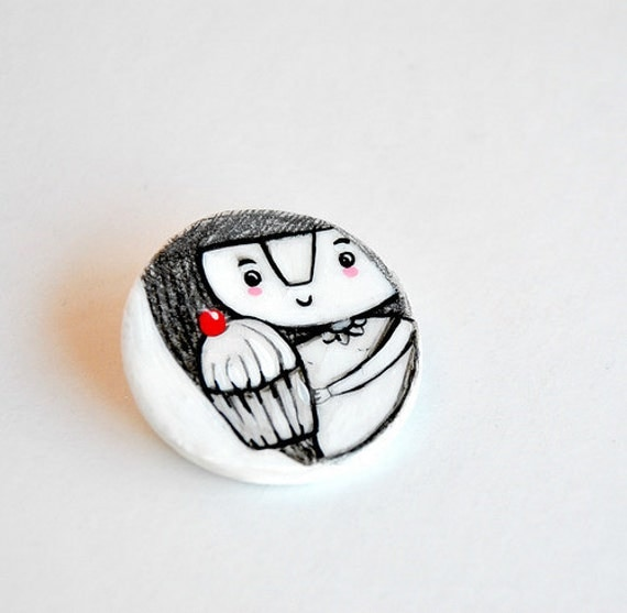 cupcake brooch illustrated jewelry