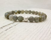 Labradorite Fancy Bead Bracelet with Brushed Sterling Silver Focal Bead : grey storm gray dreamy white faceted elegant fashion