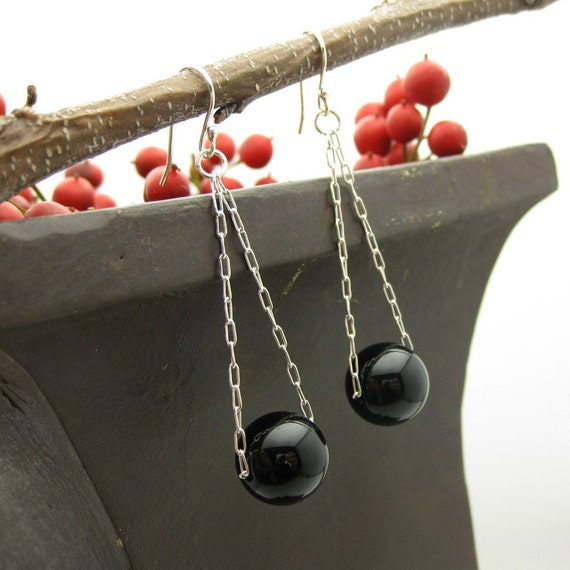 Onyx Sterling Silver Earrings /  Ball n Chain Earrings / casual versatile black white drop earrings / geometric round