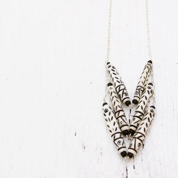Chevron Carved Bone Necklace with Spinel in Solid Sterling Silver : tribal white black modern clean native american bohemian ethnic bone