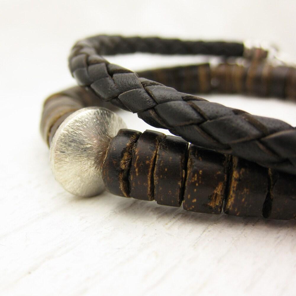 men 39 s coconut wood beaded bracelet in sterling silver. Black Bedroom Furniture Sets. Home Design Ideas