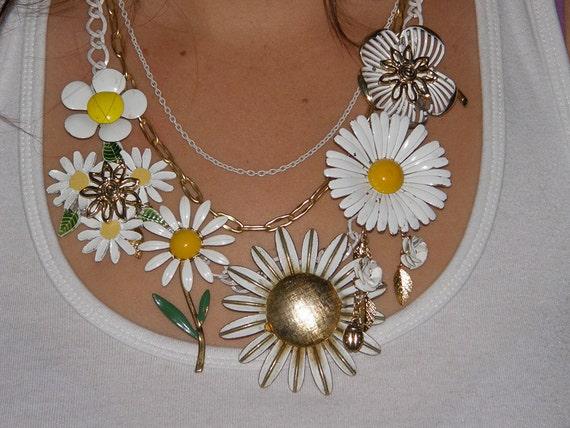 Daisy Chain       SOLD