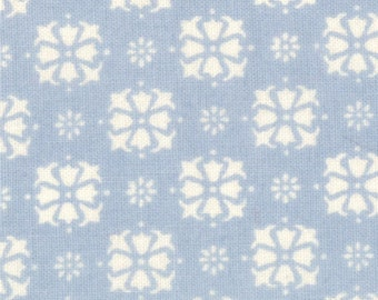 Puttin on the Ritz, Bunny Hill Designs for Moda, Princess in Blue 2824.19 - 1/2 Yard
