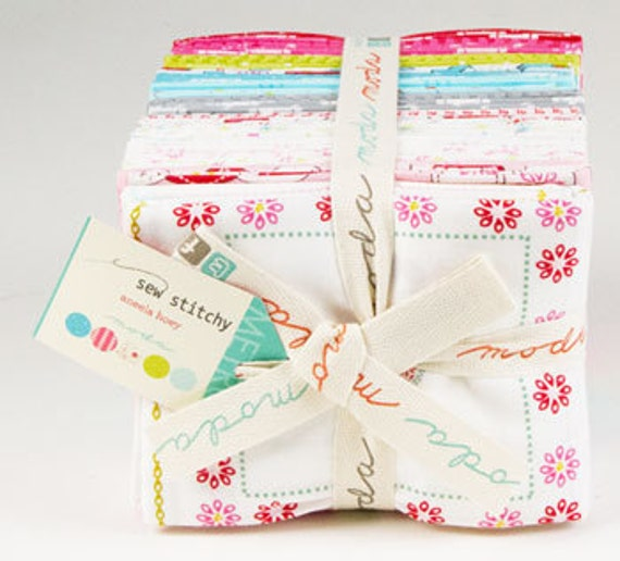 Aneela Hoey for Moda, Sew Stitchy 18540 AB - Fat Quarter Bundle Including Panel - Clearance