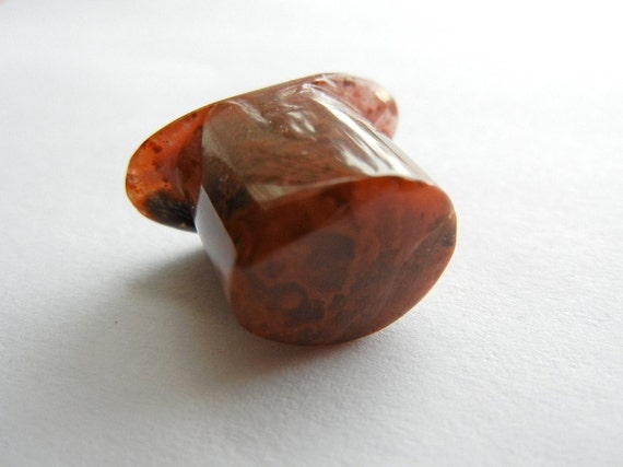12.5 mm flame agate oval t-back stone labret