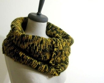 Colorful Knitting Cowl, Gift For Her, Gift Surprise. Winter Accessories. Spring Fashion READY TO SHIPPING