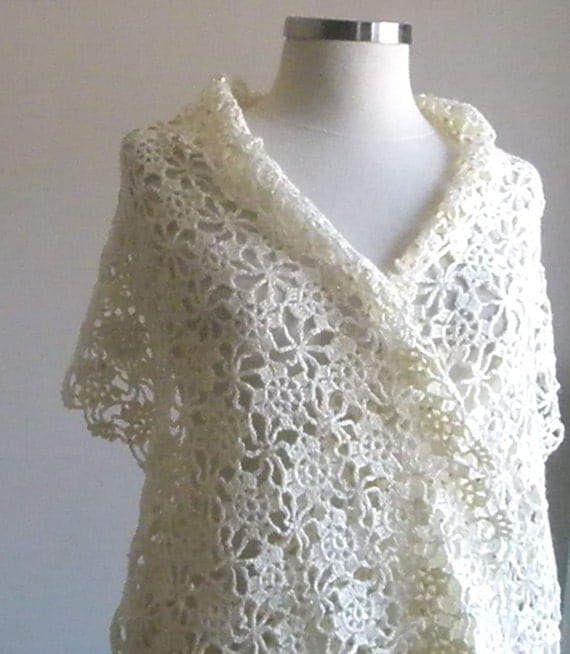 Crochet Lace Wedding Shawl Pattern : WEDDING IVORY SHAWL CROCHET BRIDAL HAND CROCHETED LOVE