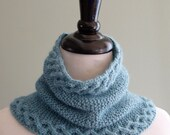 Felicity Cowl Knitting Pattern (PDF)