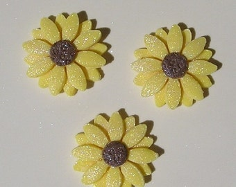 Edible Sunflower Cake or Cupcake Topper Flowers