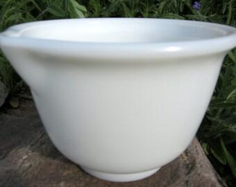 Vintage Hamilton Beach White Milk Glass Mixing Bowl