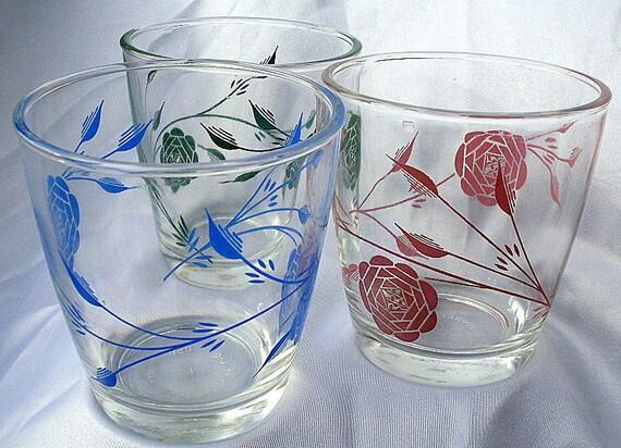 Vintage Hazel Atlas Swanky Swigs Rose Sour Cream Glass