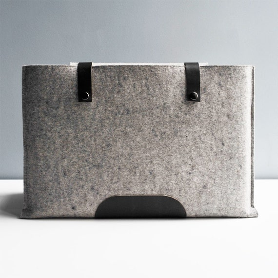 15 Inch Laptop Sleeve - Grey Wool Felt and Black Leather