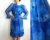 PEACOCK French Vintage 60s Blue Peacock feather Print Babydoll Dress