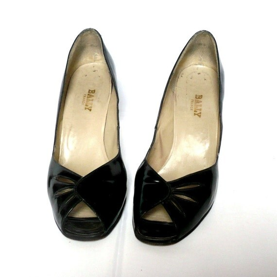 BALLY French Vintage Black Glossy Leather High Heel Shoes / Peep Toe size 10.5 US  43 French