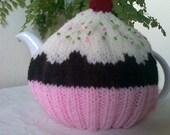 Cupcake Tea Cosy / Cozy - Fits a 4 cup pot
