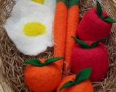 Waldorf inspired Felted play food, fruits and veggies