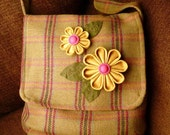 Kanzashi Messenger Bag