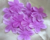 100 Lavender artificial silk pansy flower petals