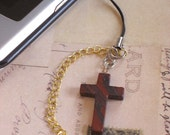 Cross Cell Phone Pendant... Used to be 5 dollars now 50 PERCENT OFF