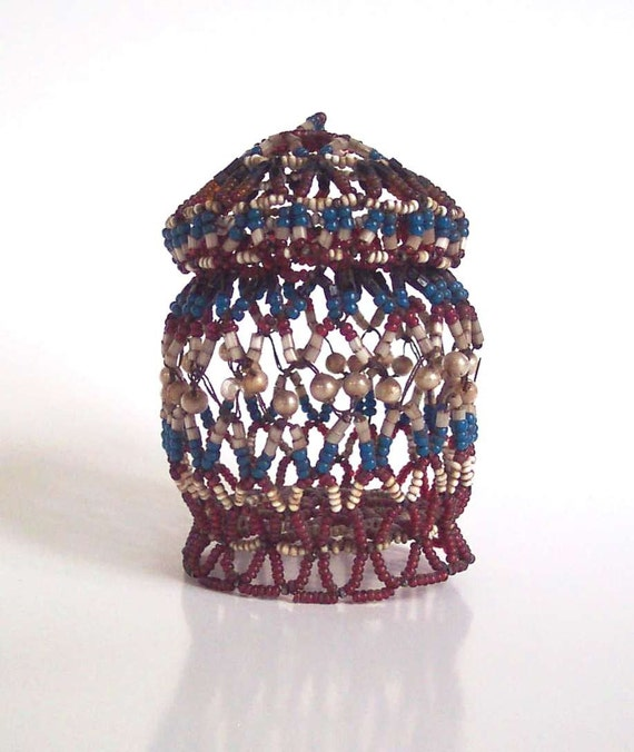 Antique Victorian Beaded Wire Small Trinket Box with Lid Basket 2.5 inches tall