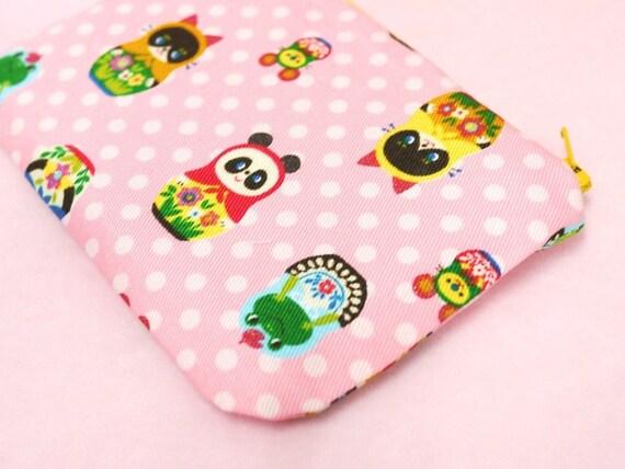 Fancy Matroyshka mini zippered pouch (Pink)