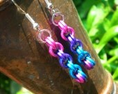 CLEARANCE - Bi Pride Interlocking Color change Chainmaille Earrings