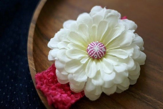 Crochet Zinnia Flower Pattern : White Zinnia Flower with Hot Pink Crochet Headband