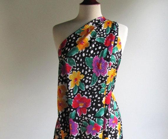 Vtg Silky 80s Fabric / Vintage Fabric / Fashion Fabric / Dress Fabric /  Floral Print / One PIECE 1.5 yard