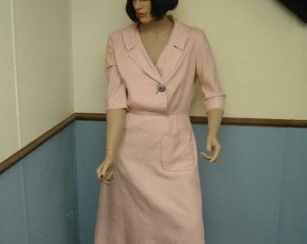 Plus Size Vintage 1960s Pink Shirtdress size 14