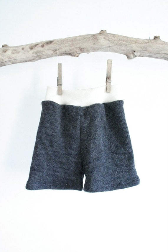 SALE - shorties // medium wool shorts - shorties -  wool shorts for cloth diapers - cloth nappy cover - summer - charcoal and cream