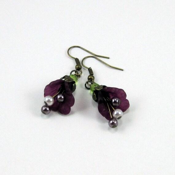 "Plum Purple Flower Earrings w Pearls - ""Splash of Merlot"" Frilled Lucite Floral Earrings, Purple Earrings, Vintage Style"