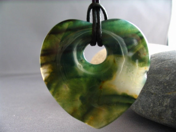 SALE - Agate Heart Mama Necklace - 35 mm