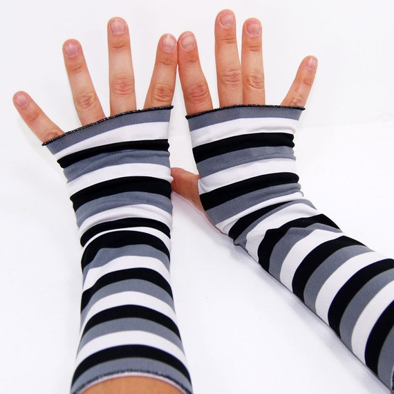 Arm Warmers in Black White and Grey - Fingerless Gloves - LAST PAIR