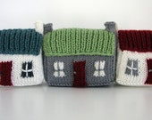 Mini Red Roof Croft House Knitting Pattern