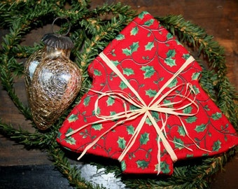 Christmas coasters in Christmas tree shape / coworkers gift under 15 dollars / stocking stuffer