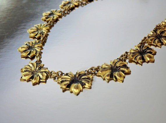 Art Deco Necklace Flower Delicate  Vintage Jewelry