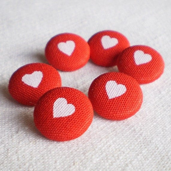 Fabric Buttons, Everybody Loves Somebody, 6 Small Red White Hearts Fabric Covered Buttons,  Handmade Fabric Button, Clothing Sewing Knitting