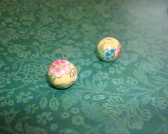Japanese porcelain painted beads (pair)