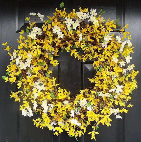 Spring Wreath- 20 inch Yellow Forsythia Wreath- Year Round Home Decor- Summer Wreath
