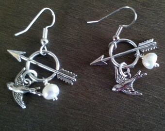 Hunger Games inspired pearl earrings
