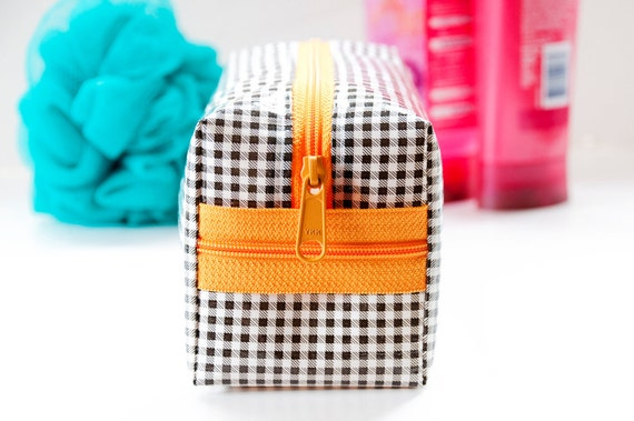 Makeup Bag Gingham Oilcloth Large